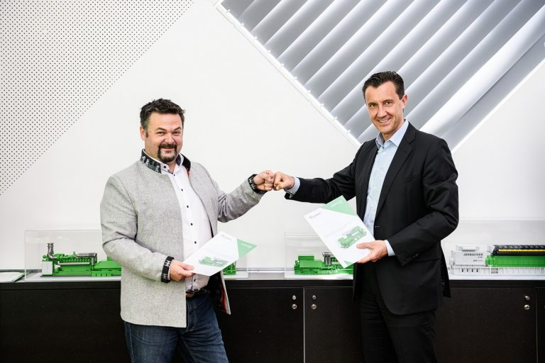 Marcel Huber, founder and managing director of SynCraft and Carlos Lange, president and CEO of INNIO
